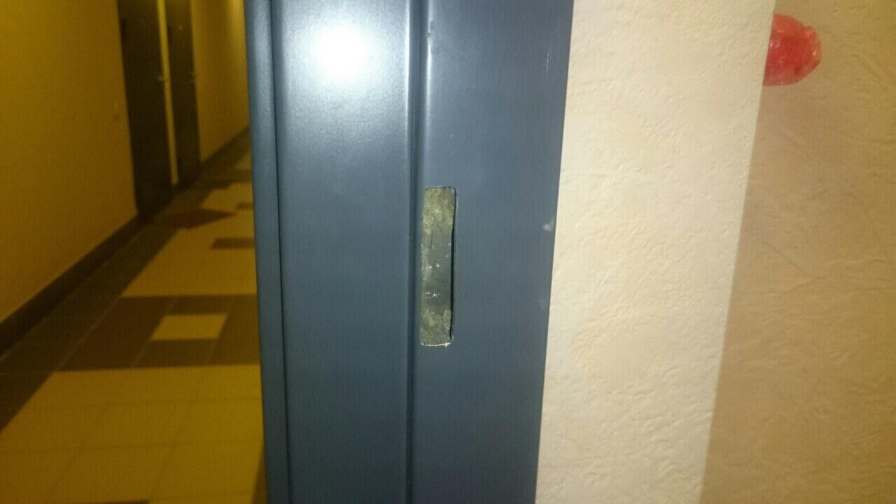 Установка замка Барьер 4 и Премьер в металлические двери: установить замок в СПб